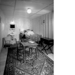 Bedroom in Federal Council's bunker (BAR 32122, photographer Steiner) © Swiss Federal Archives, Bern