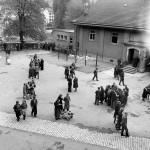 Flüchtlingsunterkunt (BAR Nr. 26025, Fotograf Theo Frey )  © Swiss Federal Archives, Bern